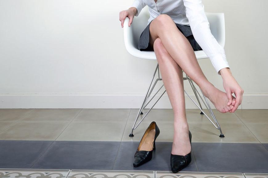 hogyan lehet enyhíteni a visszeres lábgörcsöket