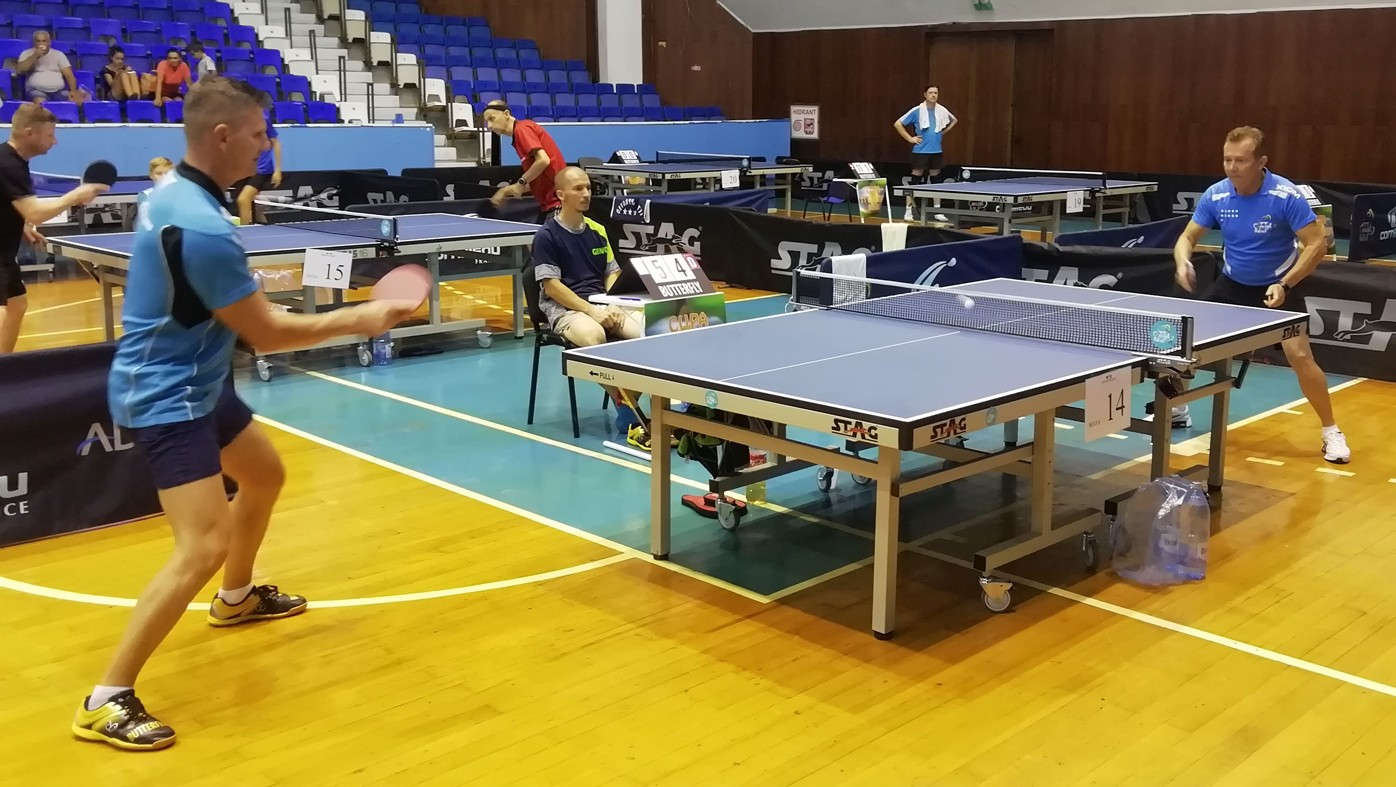 asztali tenisz visszér ellen