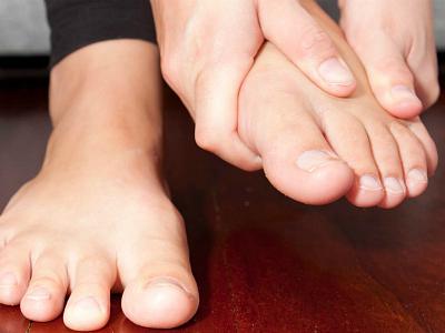 Miért álmodsz arról, hogy lábad van valaki más vérében?