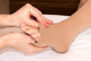 térdig érő harisnya vagy harisnya visszerek esetén visszerek megelőzése fodrászokban