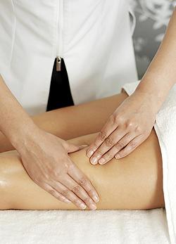 Szimpatika – Szabad-e masszírozni a visszeres lábat?