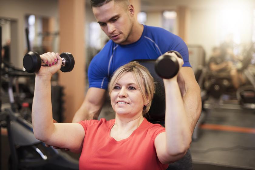 Meg lehet-e viselni varikozust az edzőteremben